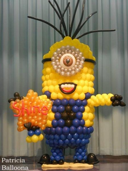 minion-balloon-art